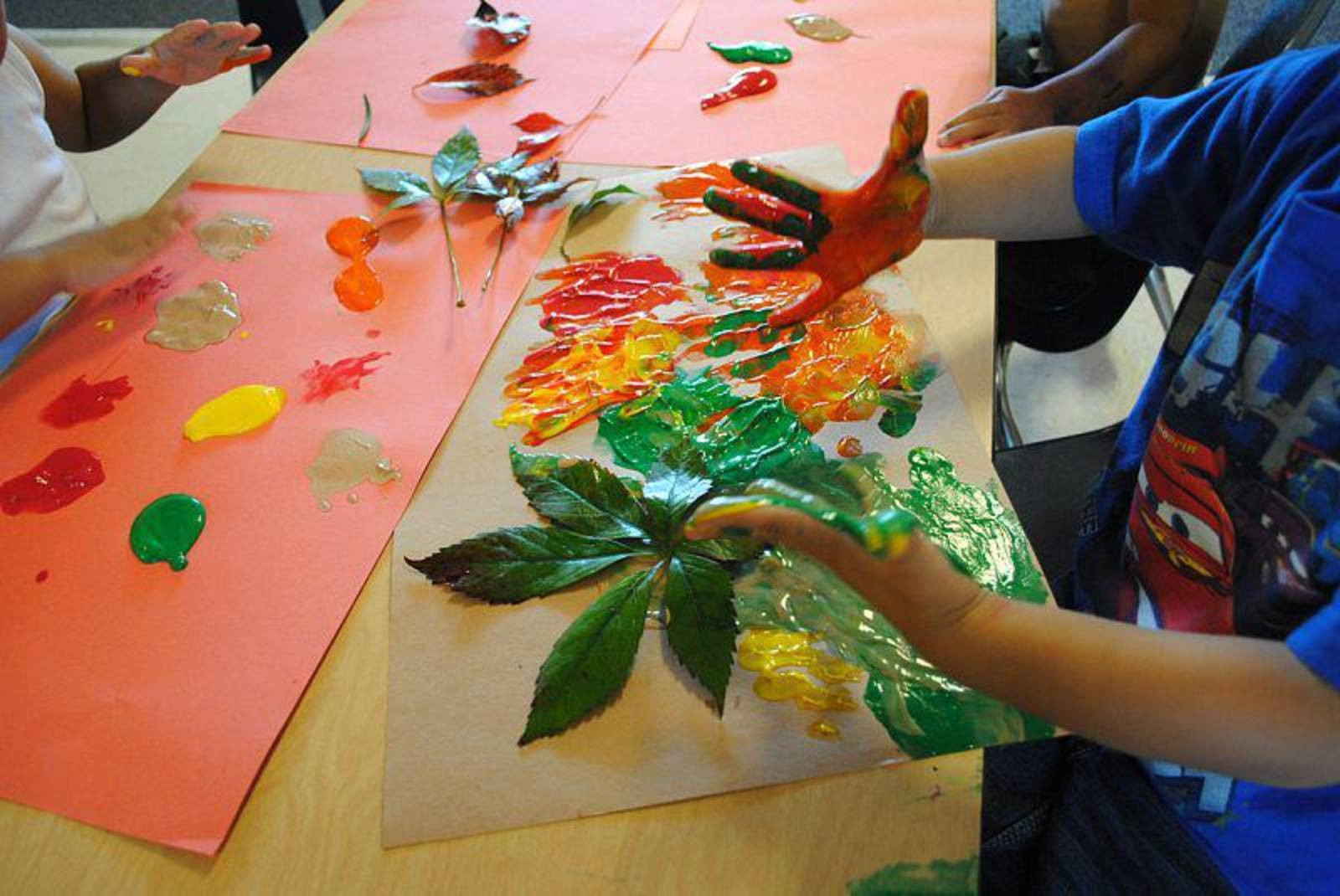 Creative arts and crafts steps to learning preschool for Arts and crafts for daycare